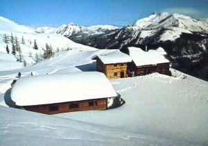 Snieg na dachach masa waga